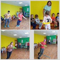 Физкультурный досуг совместно с родителями подготовила и провела инструктор по физической культуре Андрейчикова Елена Алексеевна
